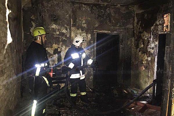 Велика пожежа у Тячеві: врятовано трьох людей