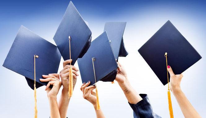 Майже кожен другий безробітний в Україні має вищу освіту