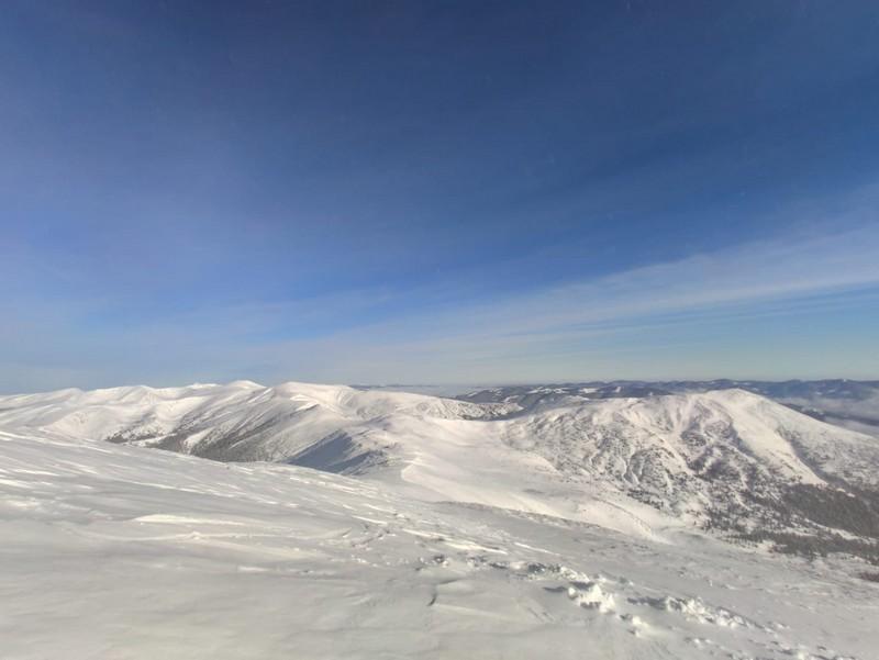 Мороз і сніг: у горах триває справжня зима