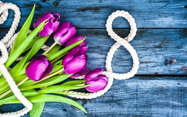 8 Березня: чи святкують закарпатці
