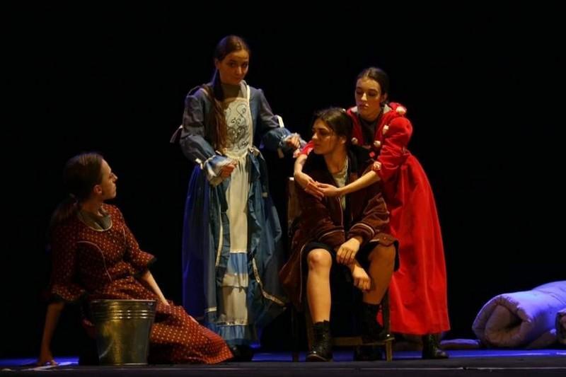 """На сцені Мукачівського драматичного театру показали виставу """"Зона душі"""""""