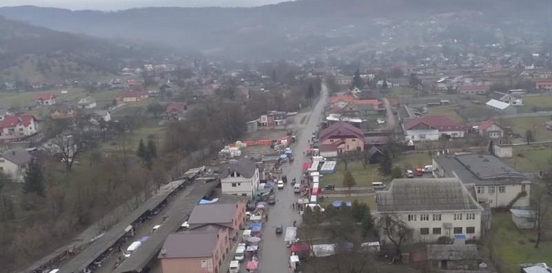 Більша частина населення на заробітках: чи бояться в закарпатському селі повернення заробітчан