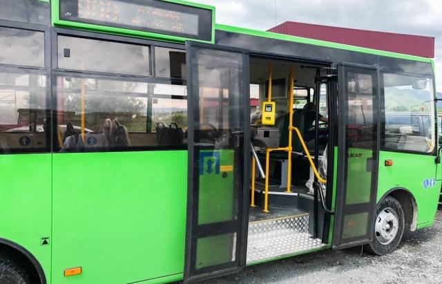 У Мукачеві відсьогодні обмежується кількість рейсів та маршрутів міського сполучення