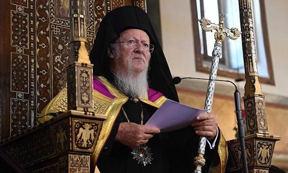 Вселенський патріарх Варфоломій наказав припинити всі служби у церквах