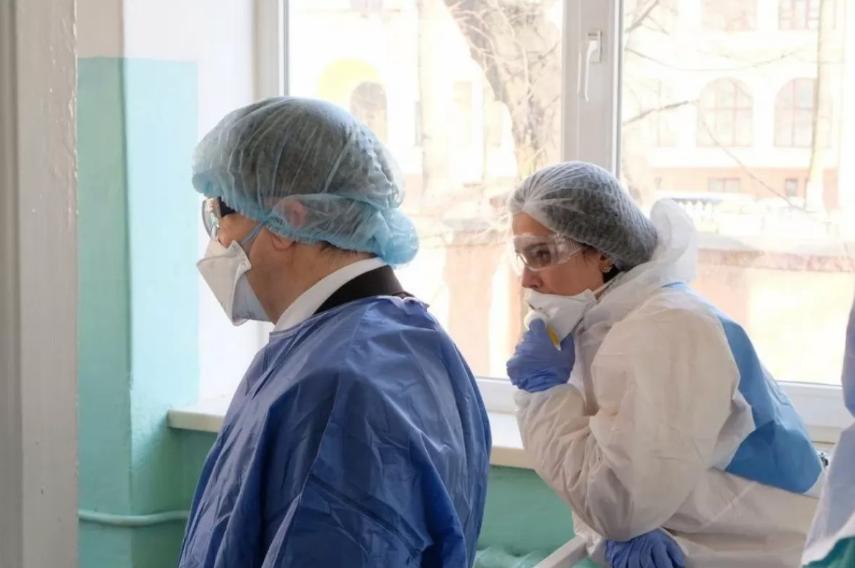 П'ятеро закарпатських заробітчан готувались втекти з лікарні, де їх перевіряють на коронавірус