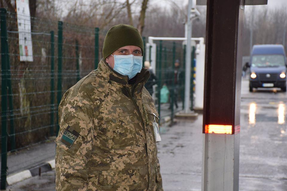 Понад 100 українців повертаються з Угорщини