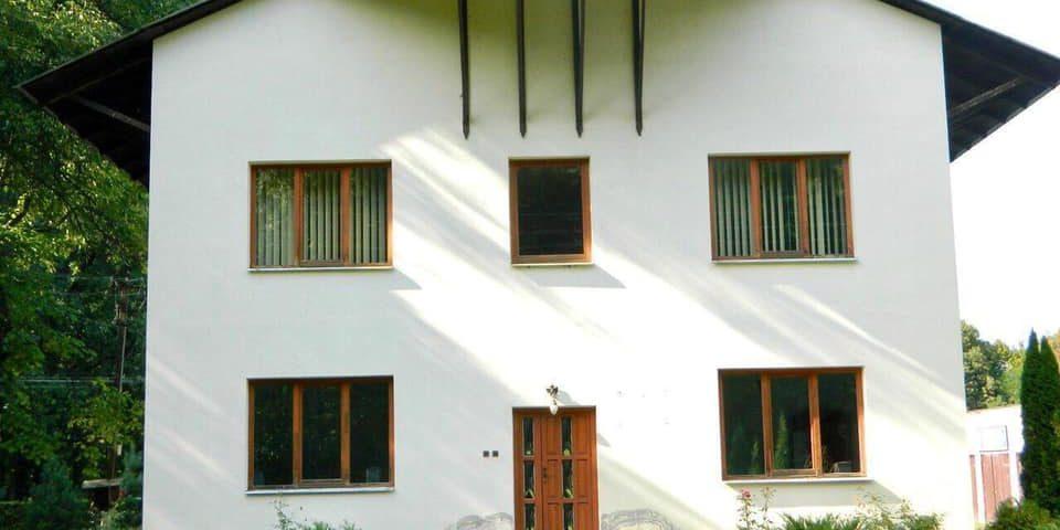 Лісівники передали готель для тимчасового перебування в ньому осiб на карантині