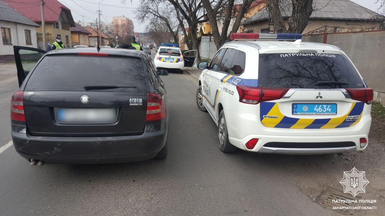 Відомо, що накоїв водій, якого наздоганяла поліція в Мукачеві