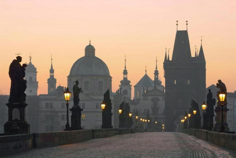 Уряд Чехії хоче продовжити надзвичайний стан до травня