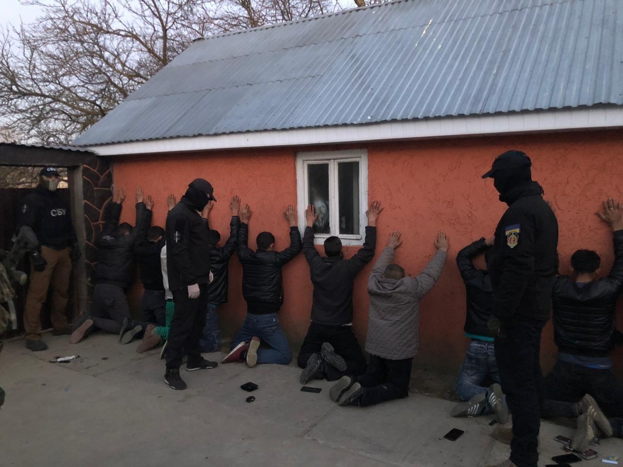 Затримано циганського авторитета, причетного до стрілянини у Великих Лучках