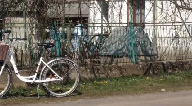У закарпатському селі дезінфікують будинок місцевого дяка. У нього виявили COVID-19
