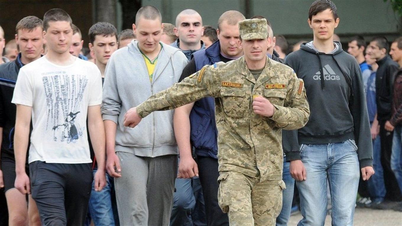 Терміни призову на службу до армії перенесли