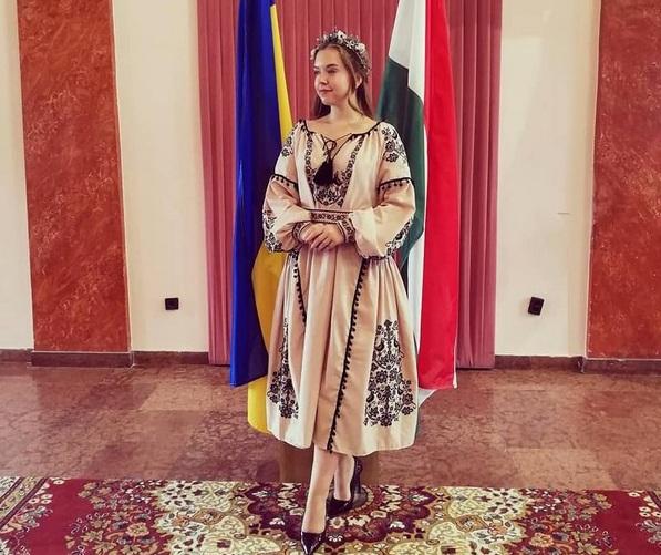 Вікторія Колосова розповіла про навчання в європейському виші, власну творчість та навчання дітей в іншій країні