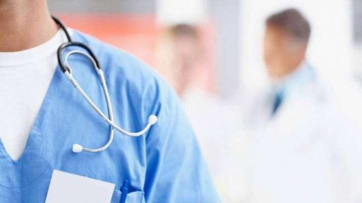 Частина закарпатських медиків отримає доплати