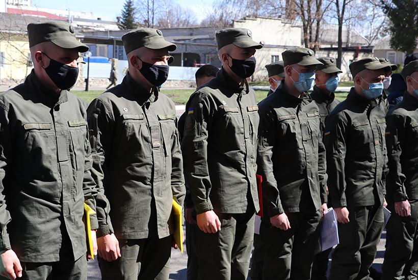 Попри карантин, звільнення військовослужбовців у запас відбувається згідно графіку