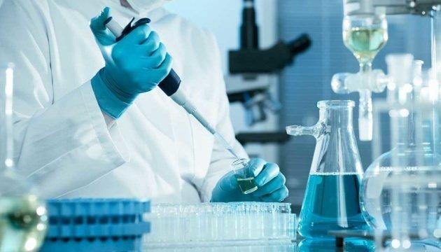 Четверо українців повторно інфікувалися коронавірусом