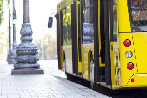 """Це буде """"точно не до 11 травня"""", – прем'єр розповів про запуск громадського транспорту"""