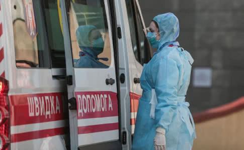 Скільки медиків в Україні захворіли на коронавірус: шокуюча цифра
