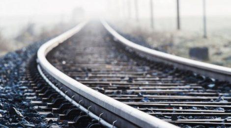 Сьогодні у Мукачеві закриють рух через залізничні переїзди