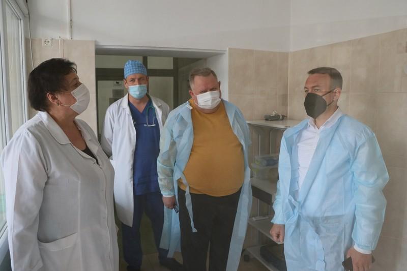 Дітей, хворих на коронавірус, лікуватимуть у Мукачеві