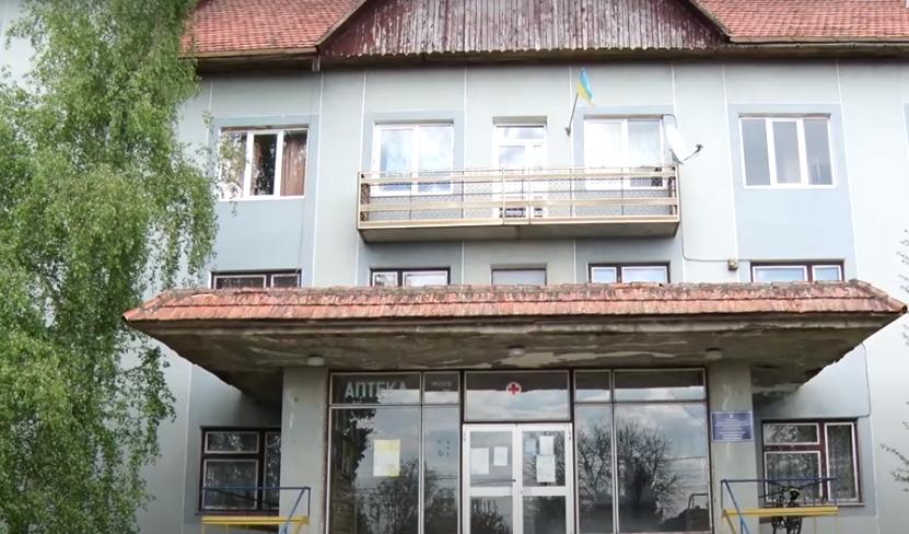 Інфекція поширилася від медсестри: нові подробиці спалаху коронавірусу на Мукачівщині