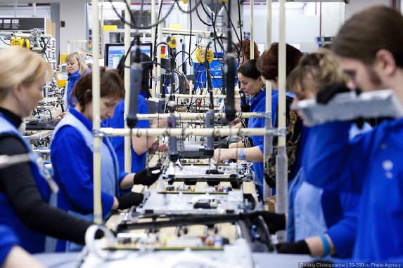 Уряд почав переговори з країнами ЄС, які хочуть запросити українців на сезонні роботи