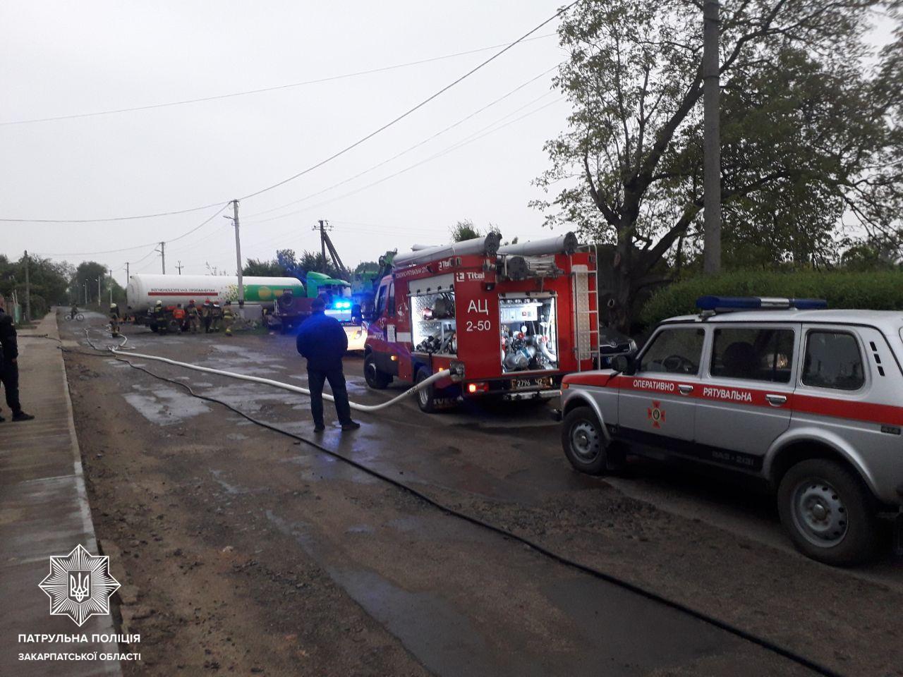 Водій, який перевозив небезпечний вантаж та скоїв ДТП, був п'яним, – поліція