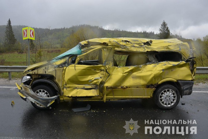 У моторошній аварії загинуло троє закарпатців