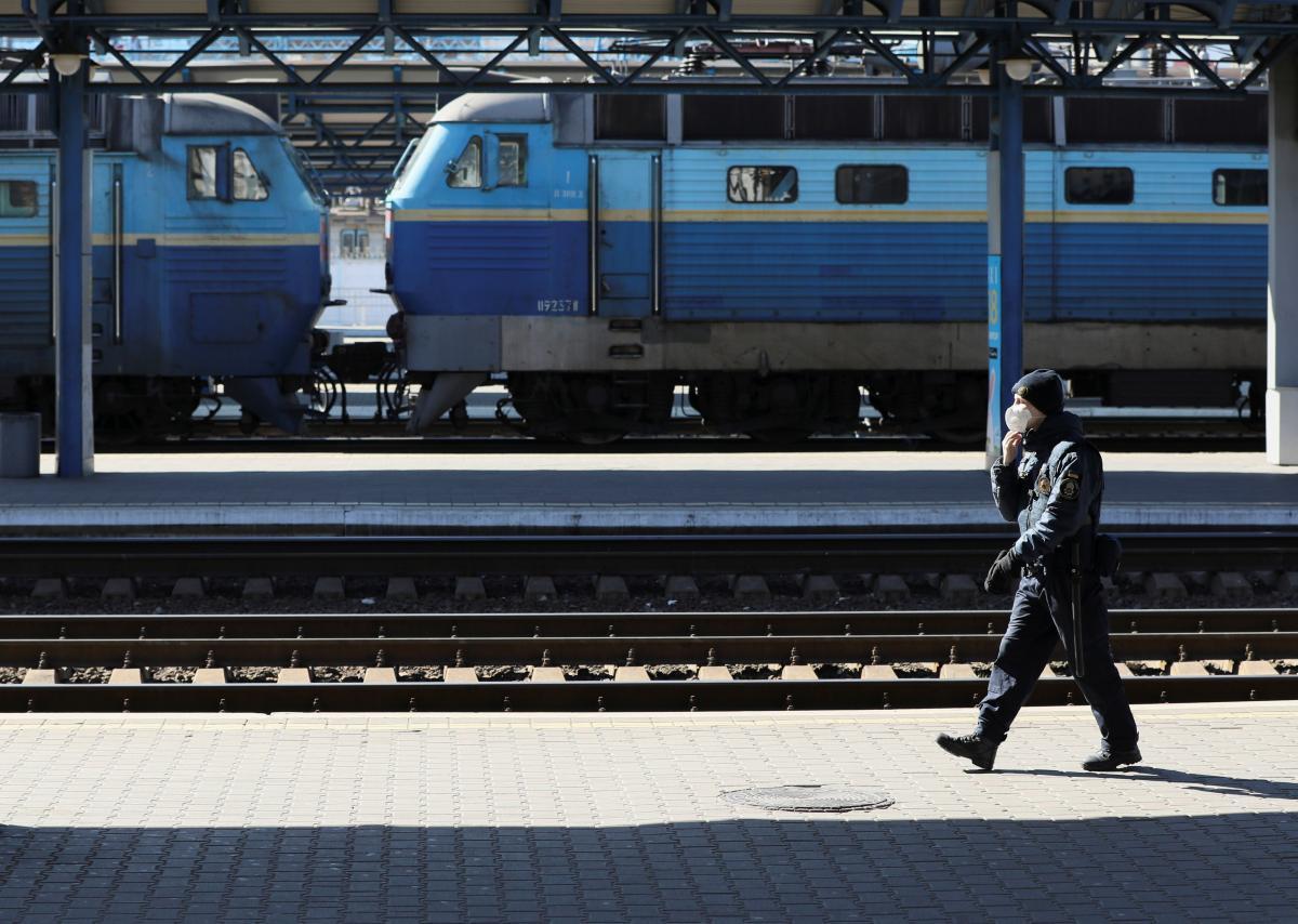 Залізничне сполучення в Україні запустять раніше, ніж анонсував Кабмін