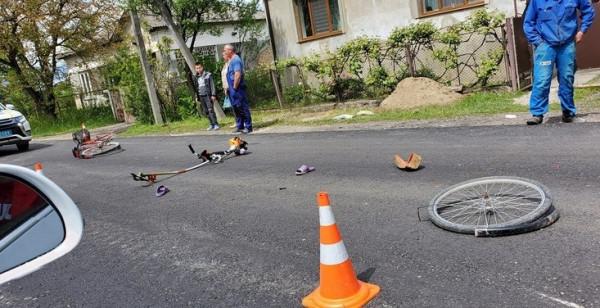 Мотоцикліст наїхав на жінку-велосипедистку: опубліковано фото