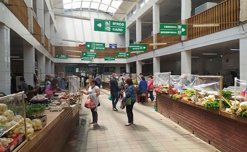 """""""Зелений базар"""" в Ужгороді змінює графік роботи"""