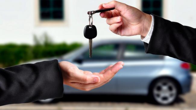 Автовласників, які часто продають машини, обклали новим податком
