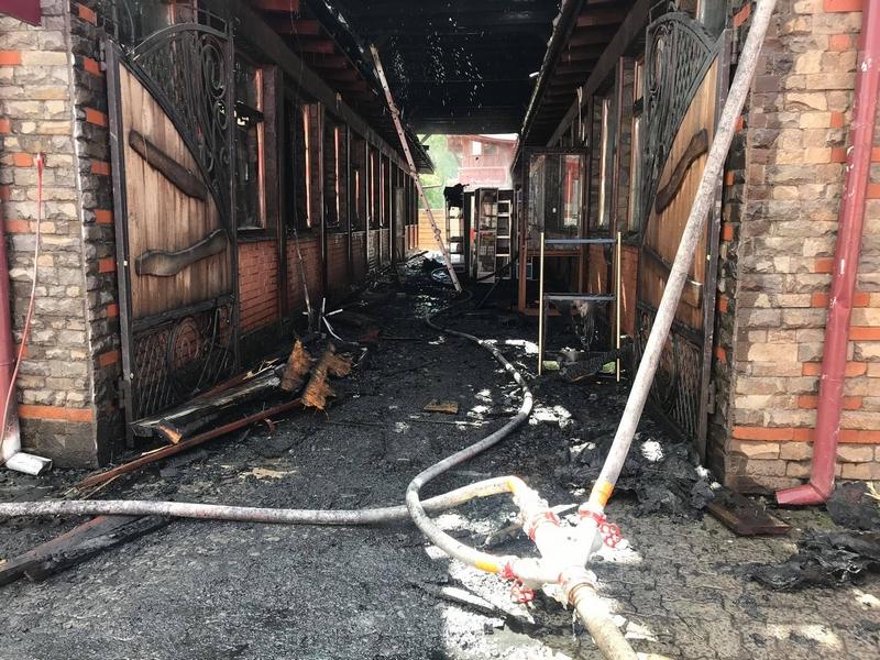 Пожежа у Мукачеві: горів торговий провулок по вулиці Духновича