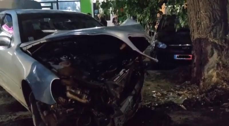 Ввечері в Ужгороді сталась ДТП: опубліковано відео