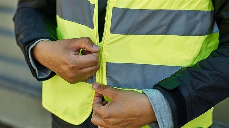 Пішоходів можуть зобов'язати вночі носити одяг або стрічки зі світловідбивачами