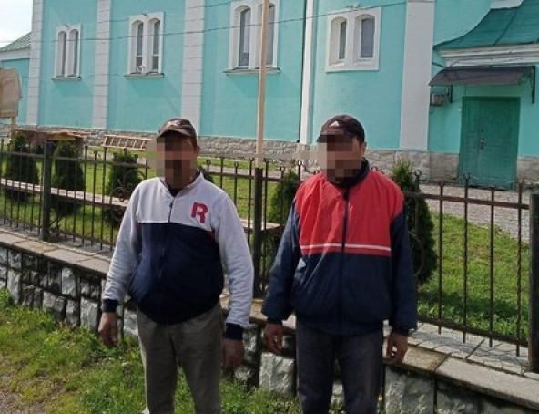 У Мукачівському районі двоє чоловіків скоїли злочин на території храму