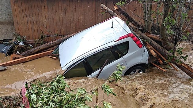 У Чехії негода наробила біди: кілька сіл опинились під водою