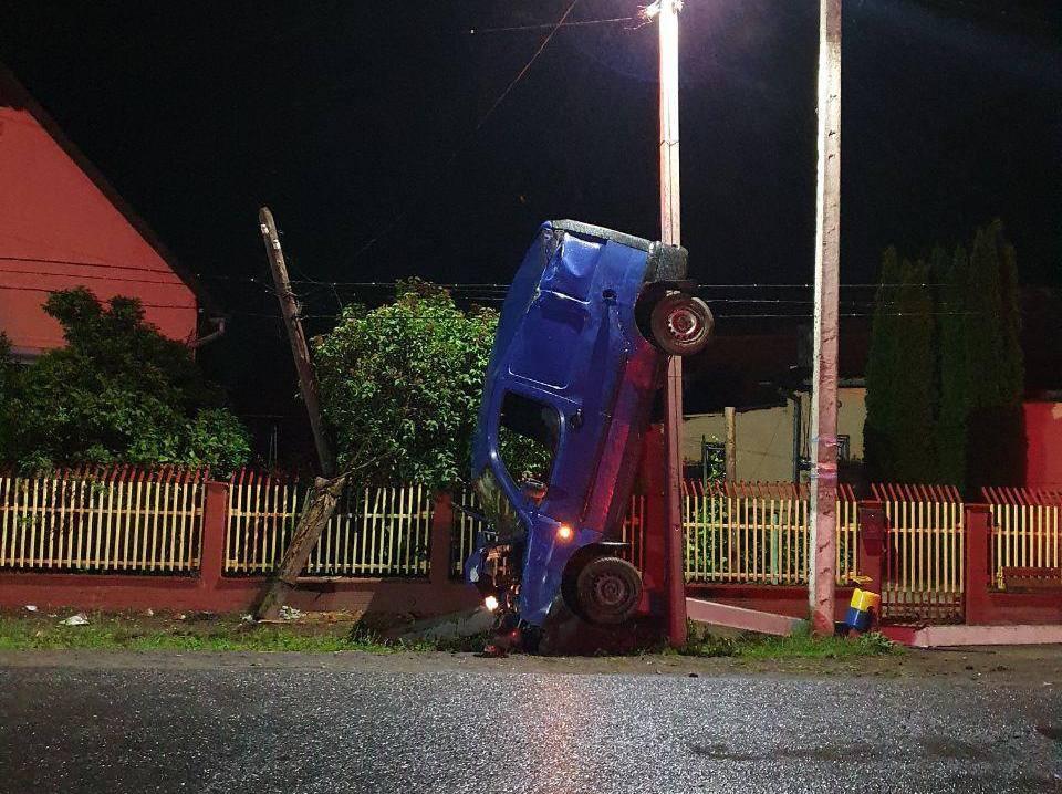 П'яний водій влаштував карколомну аварію