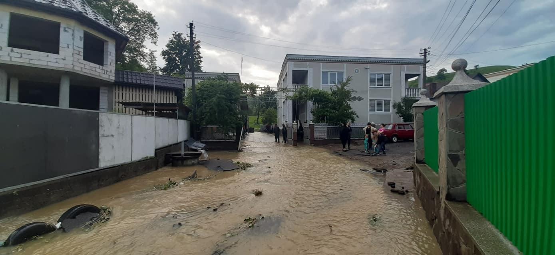 В ОДА назвали причину підтоплень у селі на Рахівщині