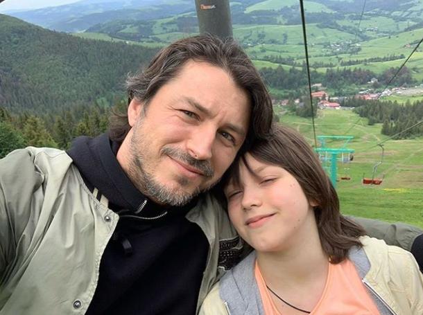 Популярний український телеведучий Сергій Притула відпочиває на Закарпатті