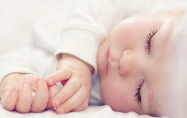 На Закарпатті батьки назвали новонародженого сина Зеленським