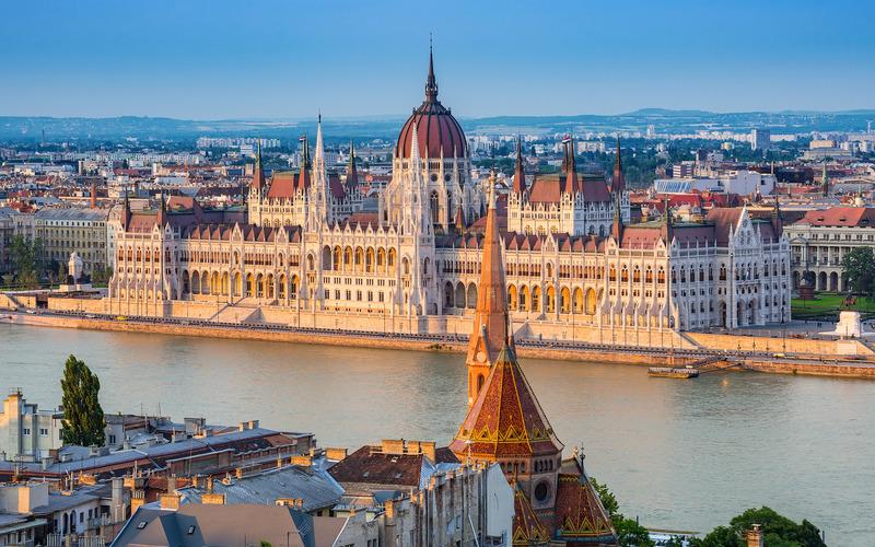 Як можна в'їхати на територію Угорщини: перелік умов