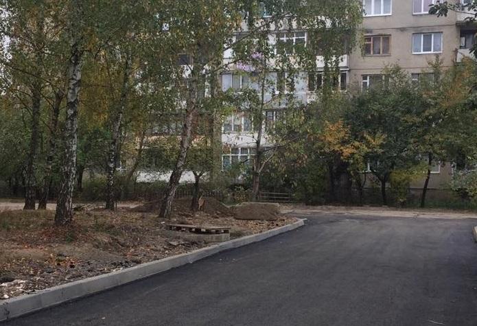 В одному з мікрорайонів Мукачева відремонтують внутрішньоквартальні проїзди