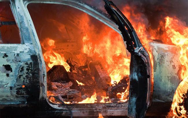 Вночі на Мукачівщині горіло авто