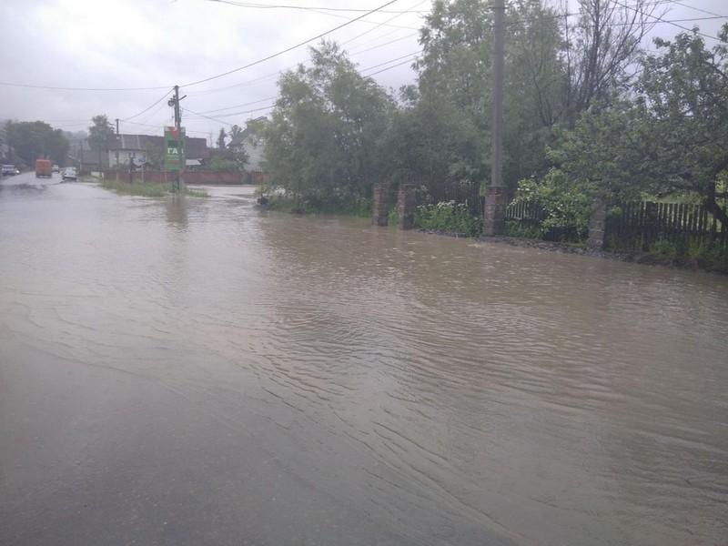 У Закарпатській ОДА розповіли про паводок у Рахівському районі