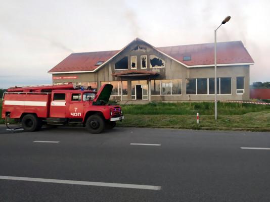 """Рятувальники розповіли про пожежу біля КПП """"Тиса"""""""