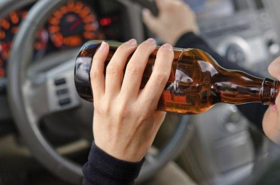 За п'яне водіння не каратимуть тюрмою: президент підписав закон