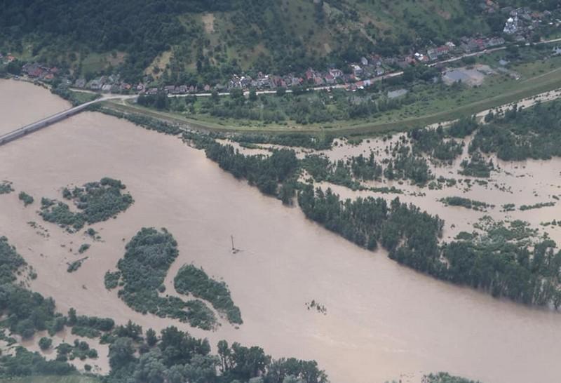 Парламент прийняв рішення про виділення коштів на ліквідацію наслідків стихії на Рахівщині