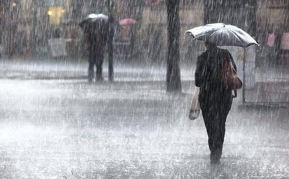 У зв'язку із насуванням сильних опадів, в області оголошено штормове попередження