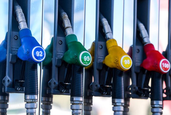 В Україні дорожчають всі види автомобільного палива